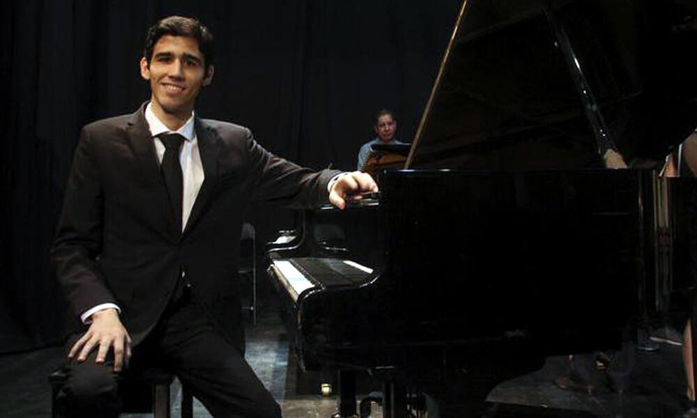 Pianista mexicano, Eduardo de la Vega Garza